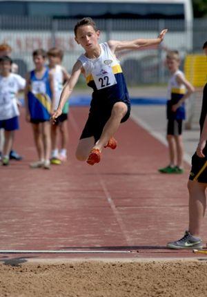 Jack Williamson Nat Grade 2 4 60 Metre Jump At YDL 13072013 Hull Courtesy Ian Williamson 2 -3119
